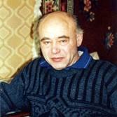Автор Михаил Сергеевич Ахманов