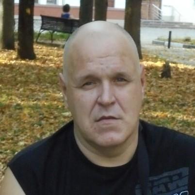 Автор Илья Деревянко