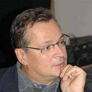 Автор Максим Карлович Кантор