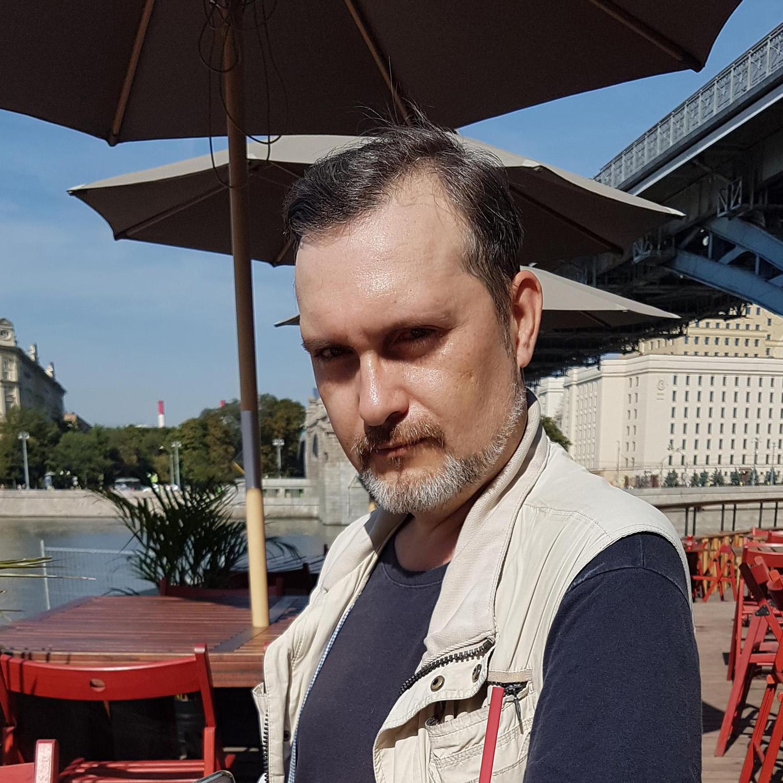 Автор Роман Сергеевич Афанасьев